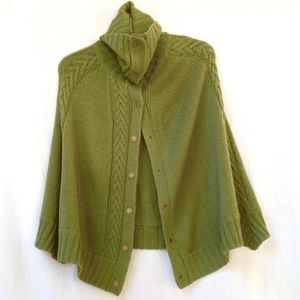TALBOTS Green Cable Knit Wool Blend Cape Shawl